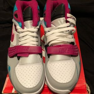 Other - Nike Air Trainer Sc II